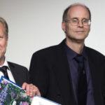 Tore Ellingsen och Magnus Johannesson tar emot Söderbergska priset i ekonomi 2015. Foto Markus Marcetic.