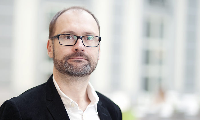 Professor Per Strömberg tilldelas Torsten och Ragnar Söderbergs professur i ekonomi 2014